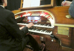 Lesson time at the Rye Wurlitzer